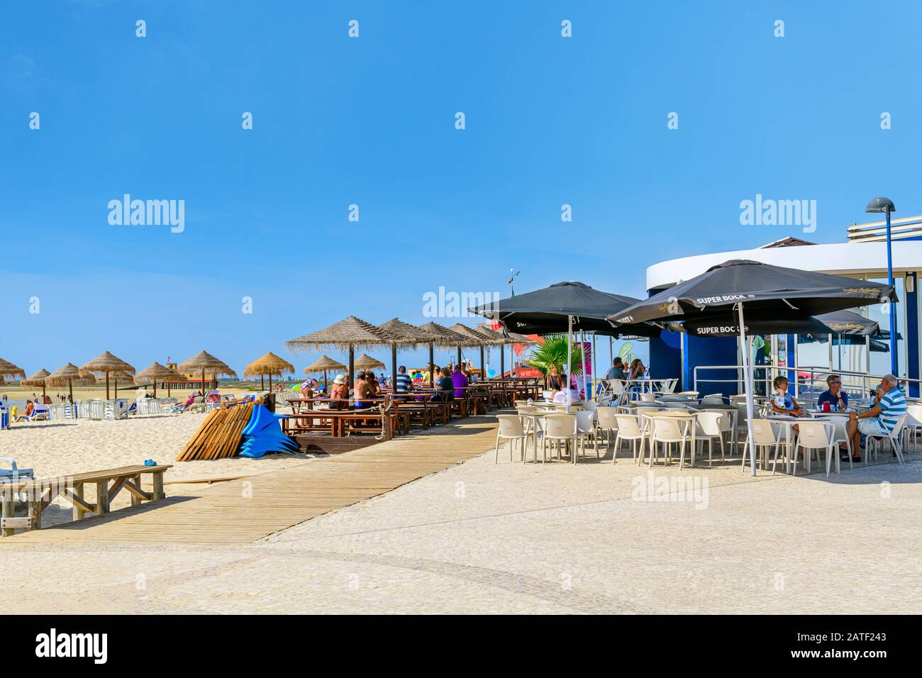 Ocean Side Dining Stock Photos Ocean Side Dining Stock Images