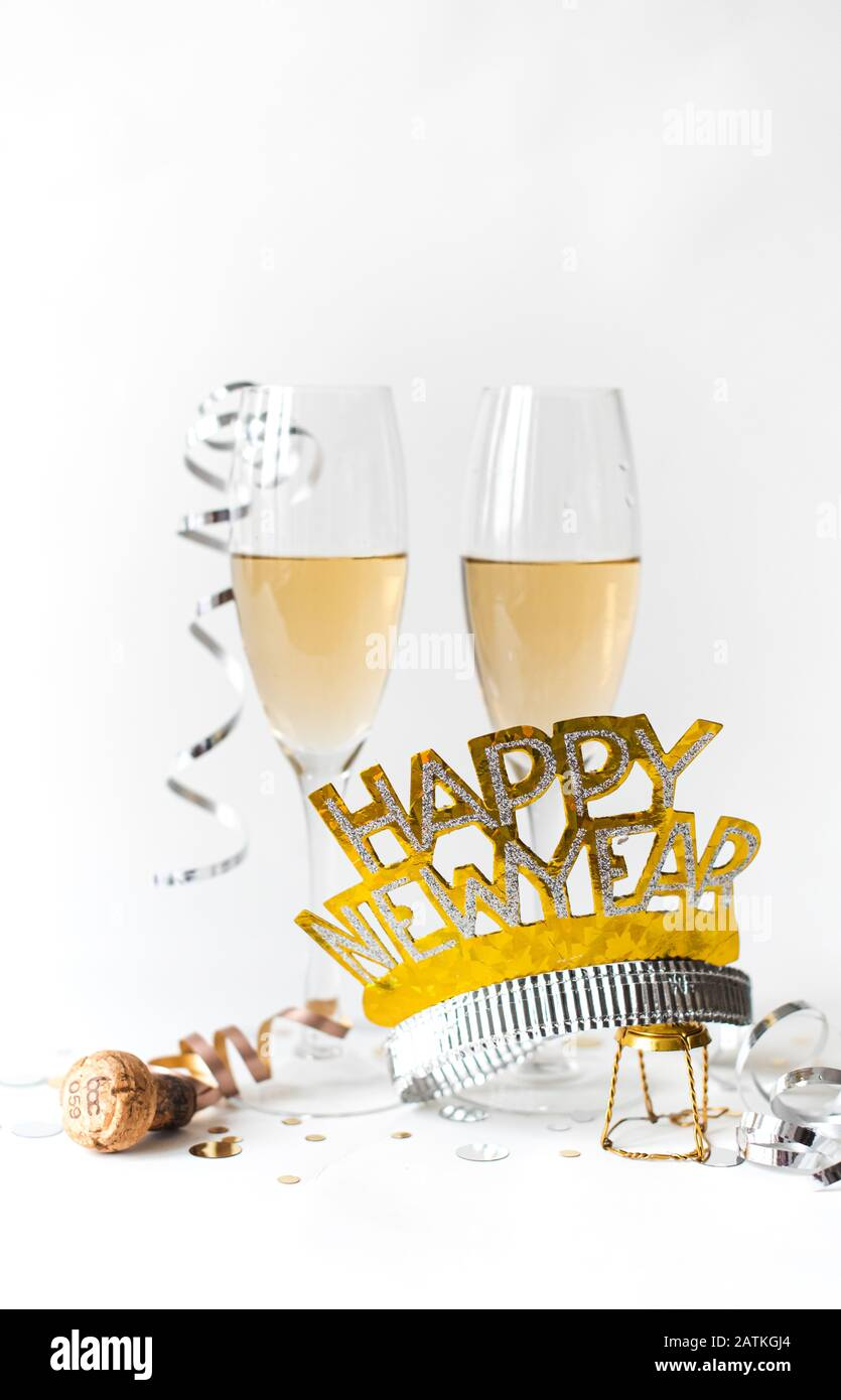 DaShan 6x4ft Polyester Champagne Glasses Happy New Year Backdrop Xmas Christmas New Year Eve Party Photography Background Bottle Wine Home Christmas Family Winter Party Festival YouTube Photo Props