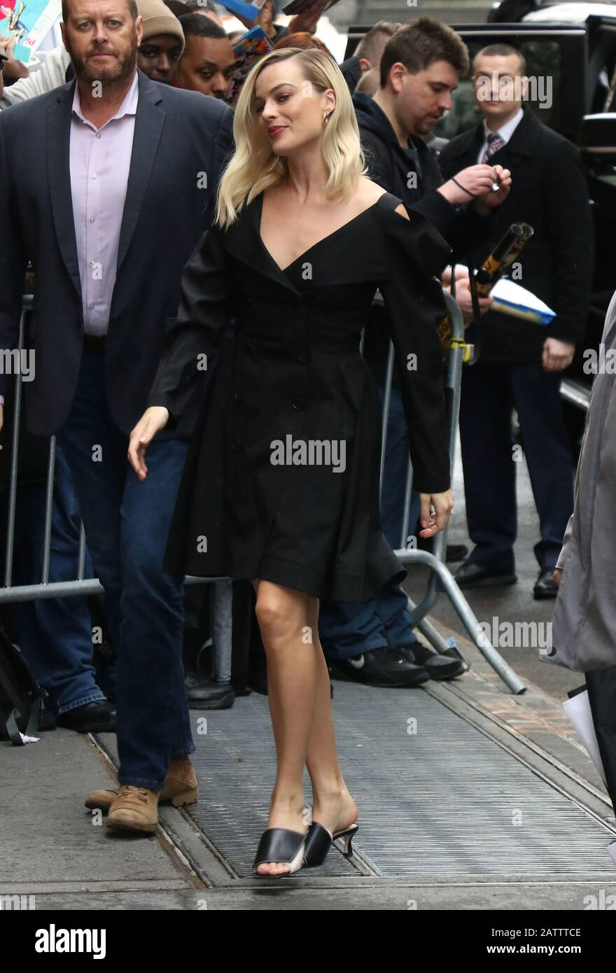 New York Ny Usa 04th Feb 2020 Margot Robbie At Abc S The View Promoting Birds Of