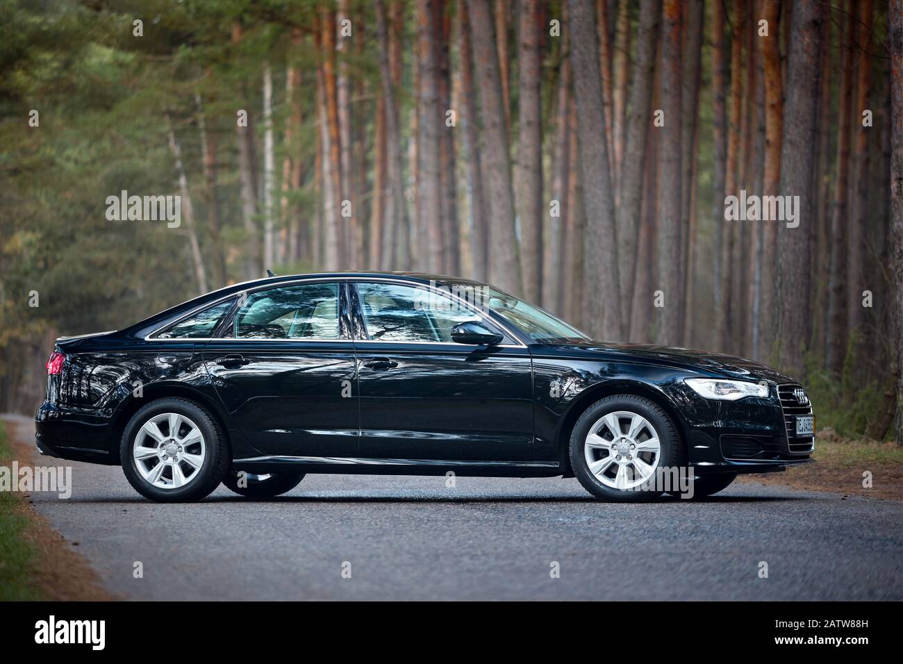 Kekurangan Audi 4G Spesifikasi