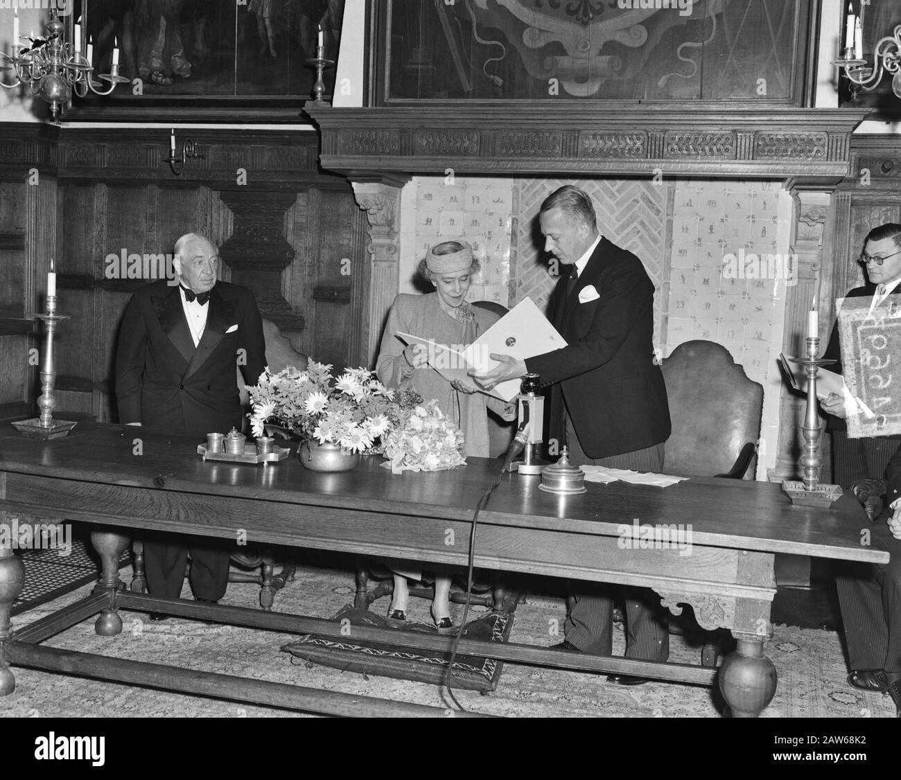 Queen Elisabeth of Belgium honorary member of the Dutch Bach Society Date: July 4, 1951 Location: Belgium Name of Person: Elizabeth, Queen of Great Britain Stock Photo