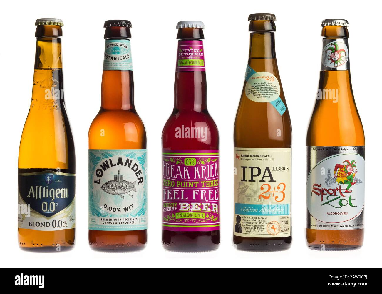 Flying Beer Bottle High Resolution Stock Photography And Images Alamy
