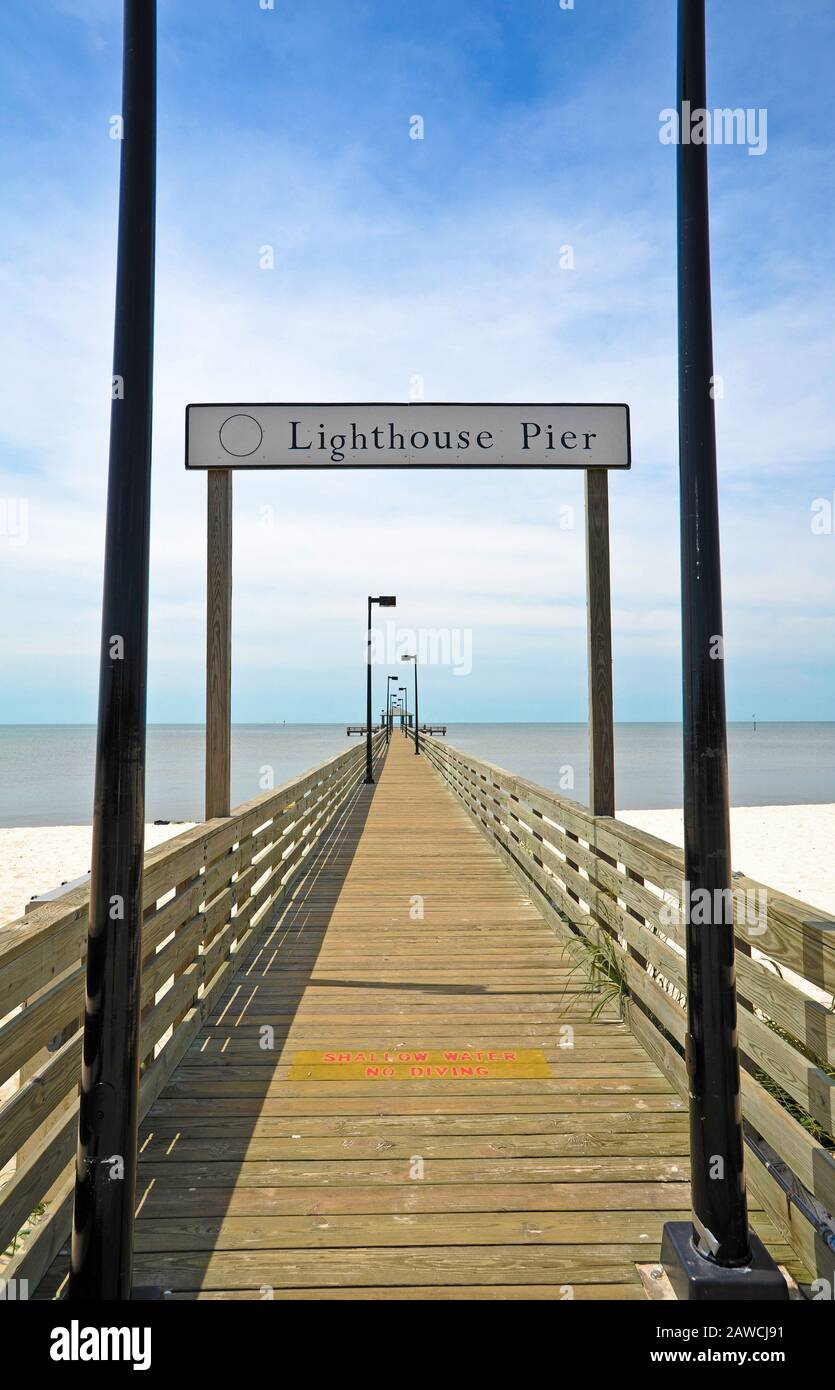 Lighthouse Pier In Biloxi Ms Stock Photo Alamy