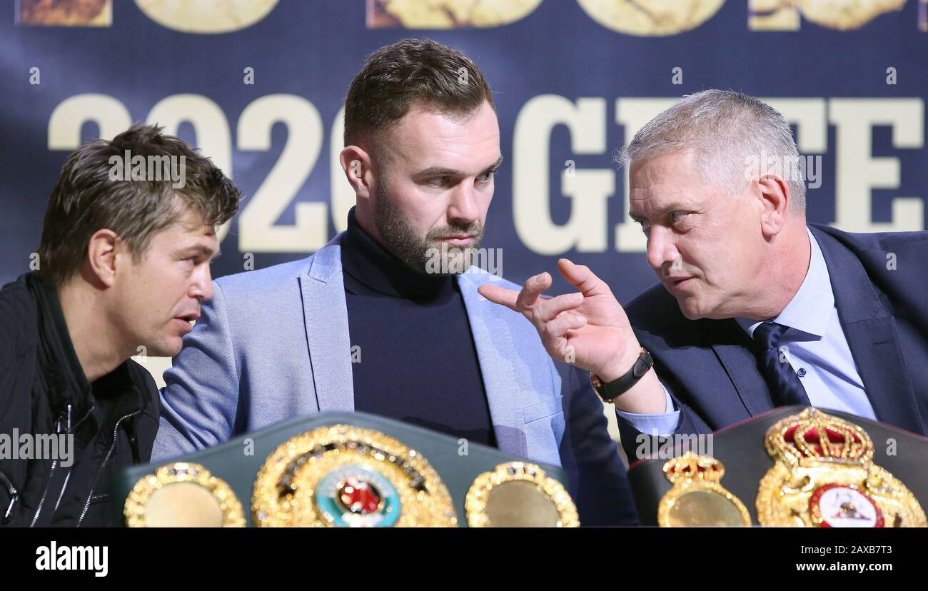 Magdeburg Germany 11th Feb 2020 Boxing Light Heavyweight World Championship Press Conference Dominic Bosel M Sits