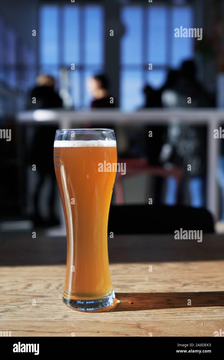 Sunlight reflection on a wheat bier or Weissbier in Munich, Germany Stock Photo