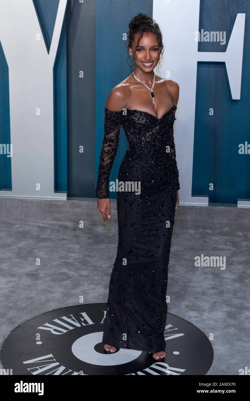 Jasmine Tookes Attends The Vanity Fair Oscar Party At Wallis Annenberg Center For The Performing Arts In Beverly Hills Los Angeles Usa On 09 February 2020 Usage Worldwide Stock Photo Alamy