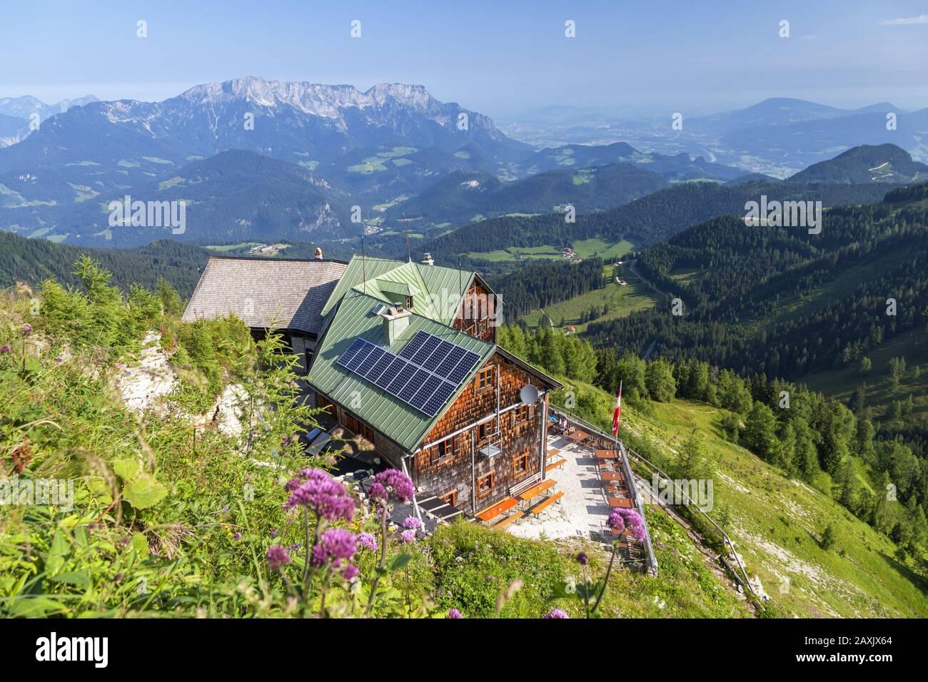 Purtschellerhaus on the border, Untersberg (1,973 m) behind, at Berchtesgaden, Berchtesgadener Land, Upper Bavaria, Bavaria, southern Germany, Germany Stock Photo