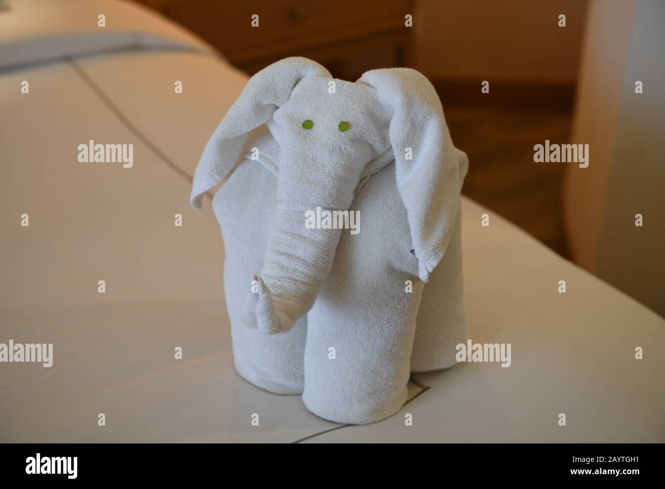 Towel Folding High Resolution Stock Photography And Images Alamy