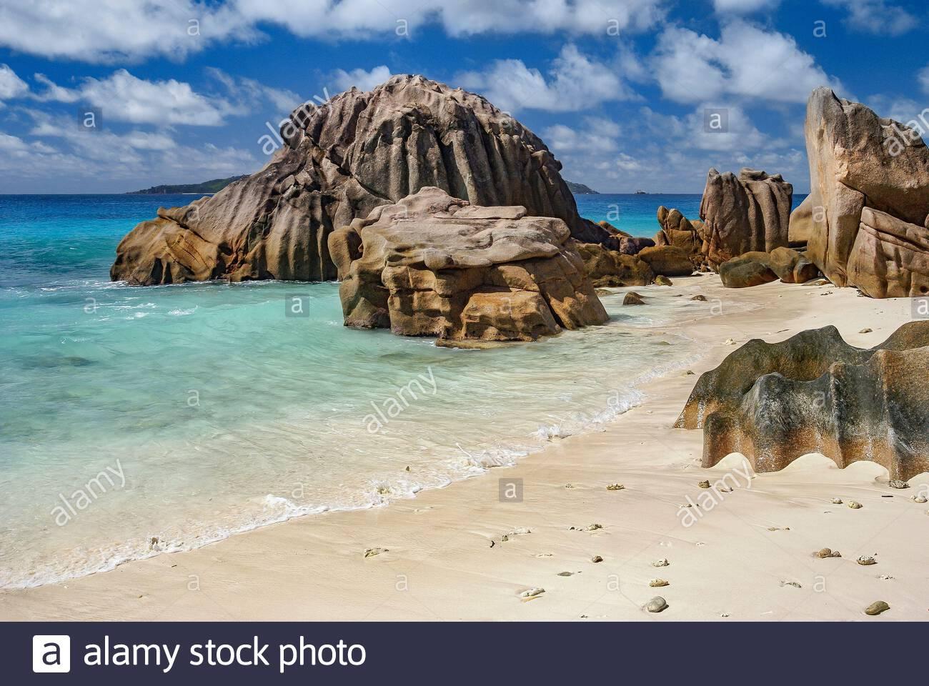 Seychelles : La Digue island, Anse Patates beach Stock Photo
