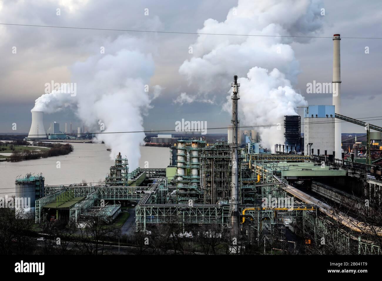 Duisburg, Ruhr Area, North Rhine-Westphalia, Germany - ThyssenKrupp Steel Europe, KBS coking plant Schwelgern am Rhein in Duisburg-Marxloh, at the bac Stock Photo