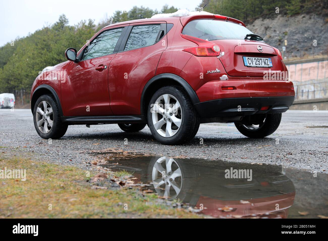 Savines Le Lac January 26 2020 Red Nissan Juke Crossover Suv Car Parked On The Side Of Road In Crots Hautes Alpes French Alps France Europe C Stock Photo Alamy