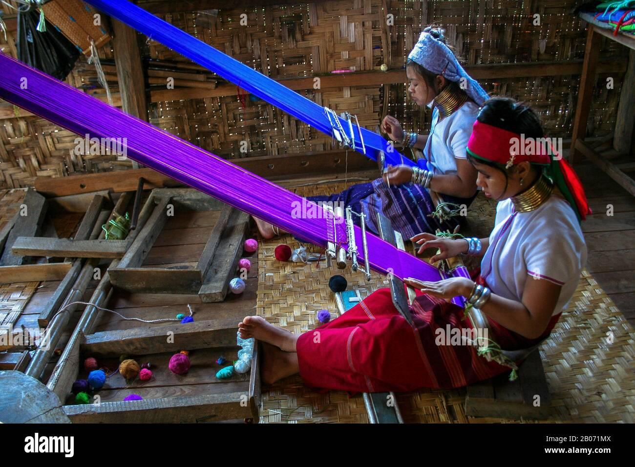 Two long-necked women Kayan Lahwi (Inle Lake- Myanmar) Stock Photo