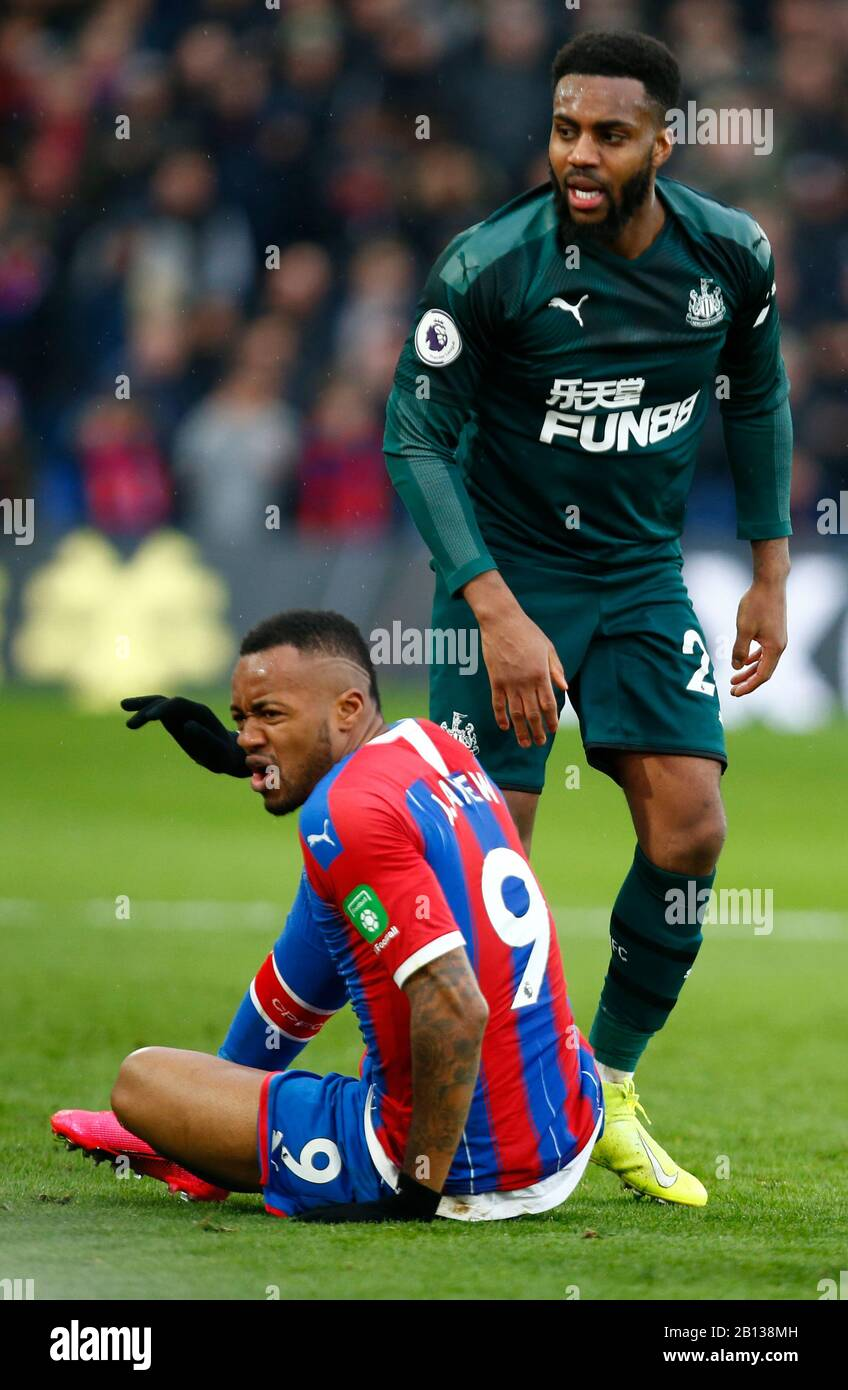 LONDON, UNITED KINGDOM. FEBRUARY 22 L-R Crystal Palace's Jordan Ayew and Newcastle United's Danny Rose during English Premier League between Crystal Palace and Newcastle United at Selhurst Park Stadium, London, England on 22 February 2020 Credit: Action Foto Sport/Alamy Live News Stock Photo