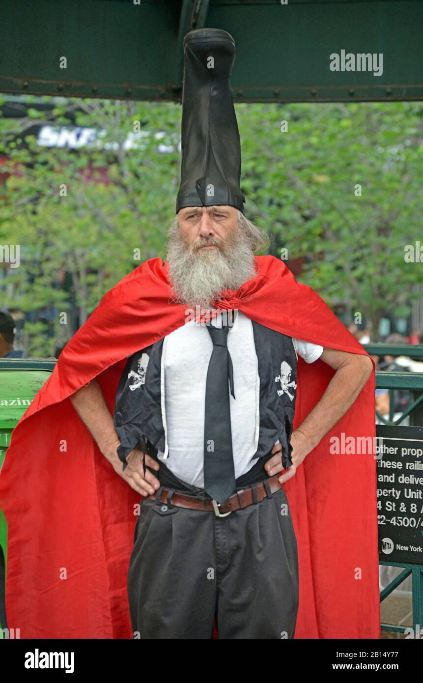 Portarit of VERMIN LOVE SUPREME, A performance artist, anarchist and occasional political candidate. In Union Square  Park in Manhattan. Stock Photo