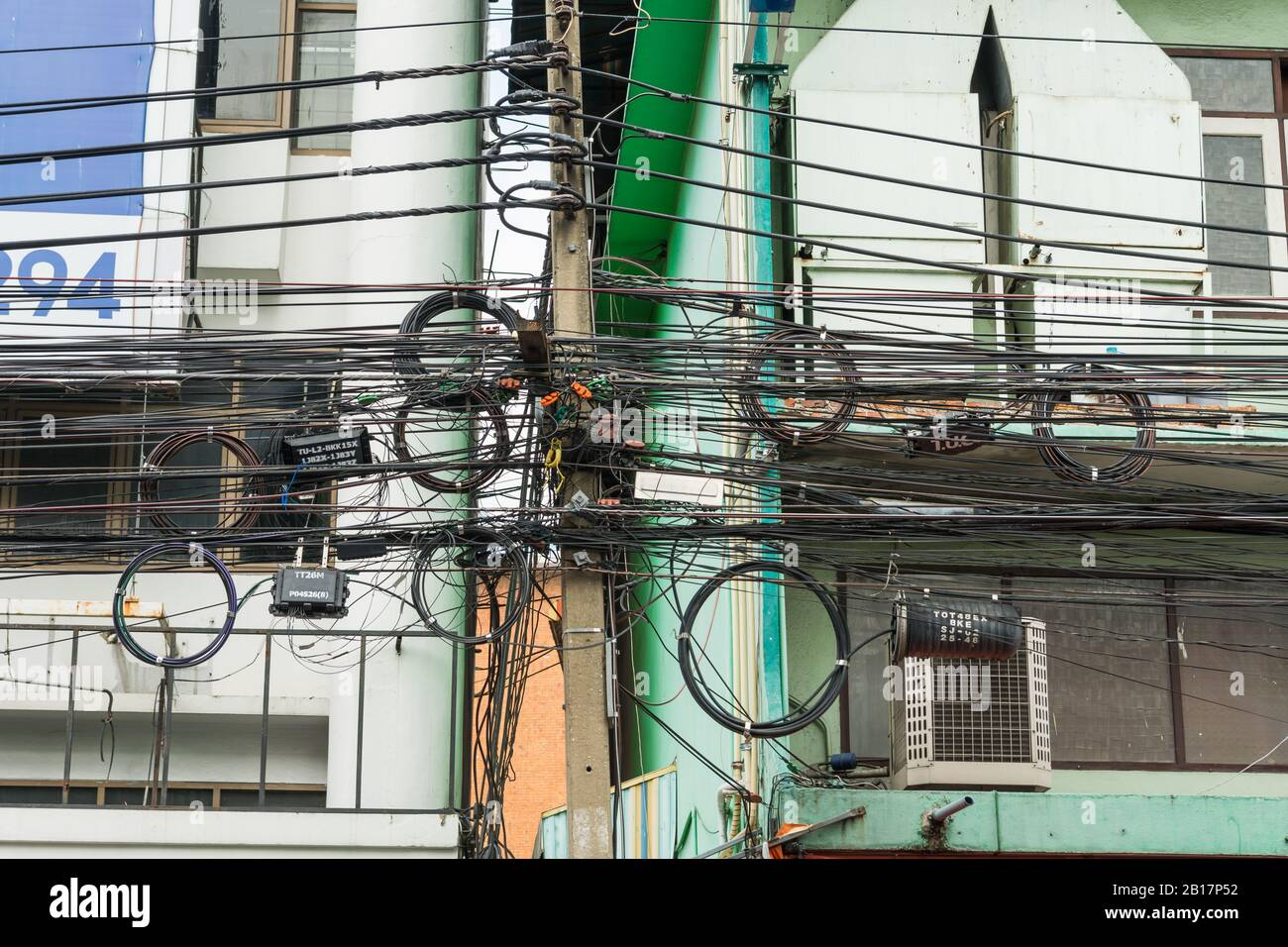 Bangkok Thailand Electric Wires Mess High Resolution Stock Photography And Images Alamy