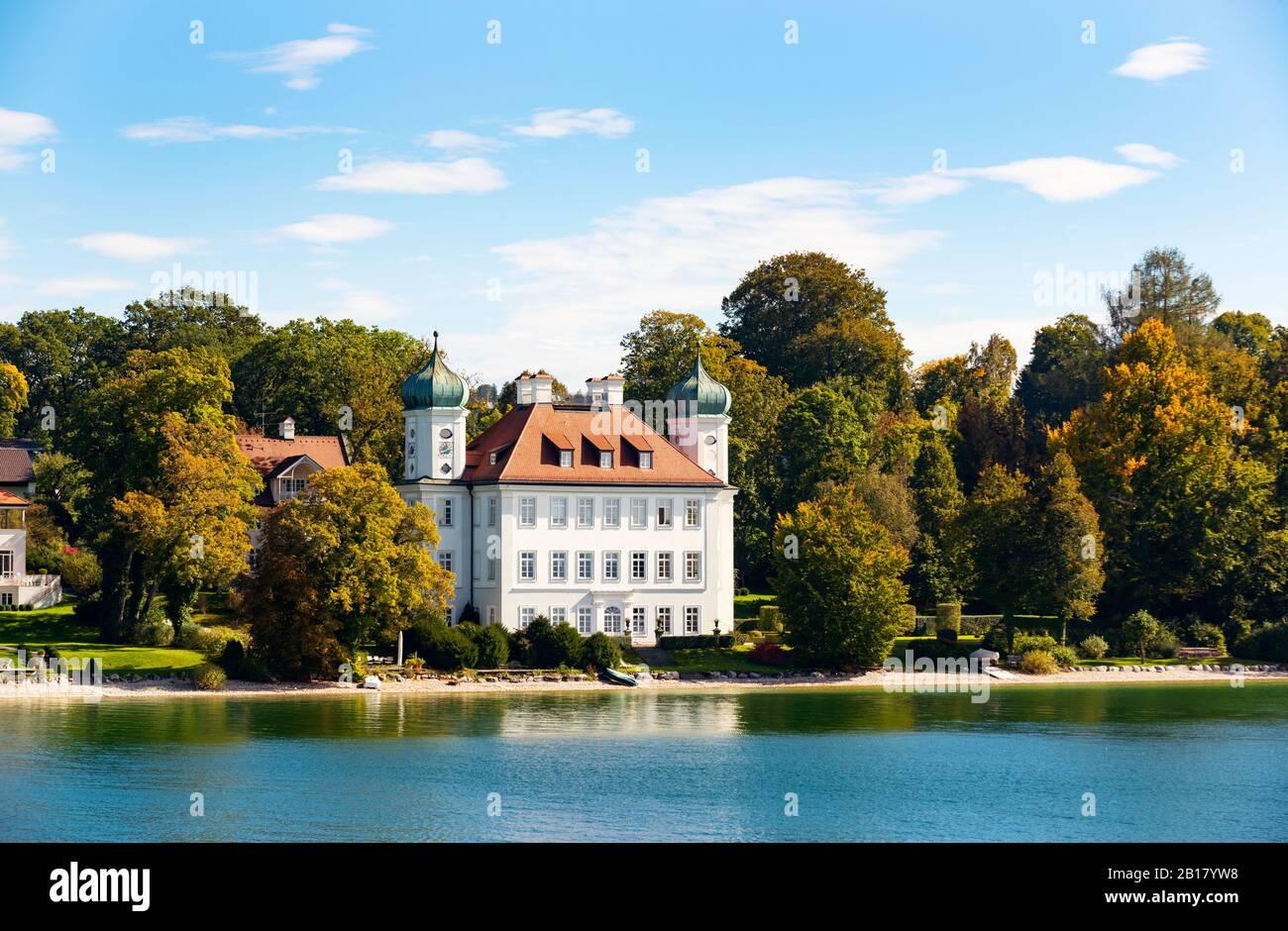 Schloss Ammerland oder Pocci-Schloss bei MŸnsing, Starnberger See, FŸnfseenland, Oberbayern, Bayern, Deutschland Stock Photo