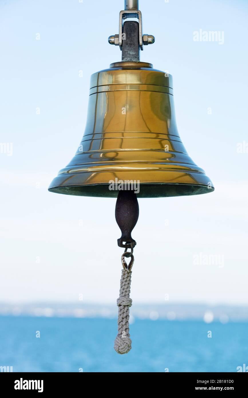 Glocke, Schiffsglocke, Starnberger See, FŸnfseenland, Oberbayern, Bayern, Deutschland Stock Photo