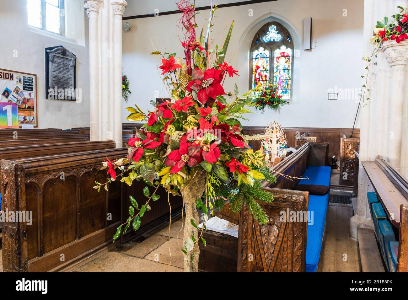 Christmas Church Flowers High Resolution Stock Photography And Images Alamy