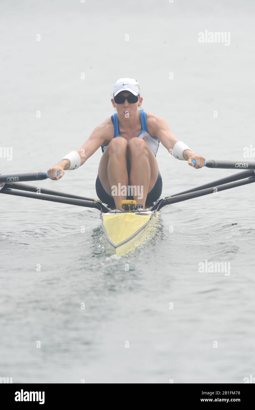 Shunyi, CHINA.  Start of a heat of the women's single sculls USA W1X, Michelle GUERETTE, at the 2008 Olympic Regatta,  Saturday, 09.08.2008  [Mandatory Credit: Peter SPURRIER, Intersport Images] Stock Photo