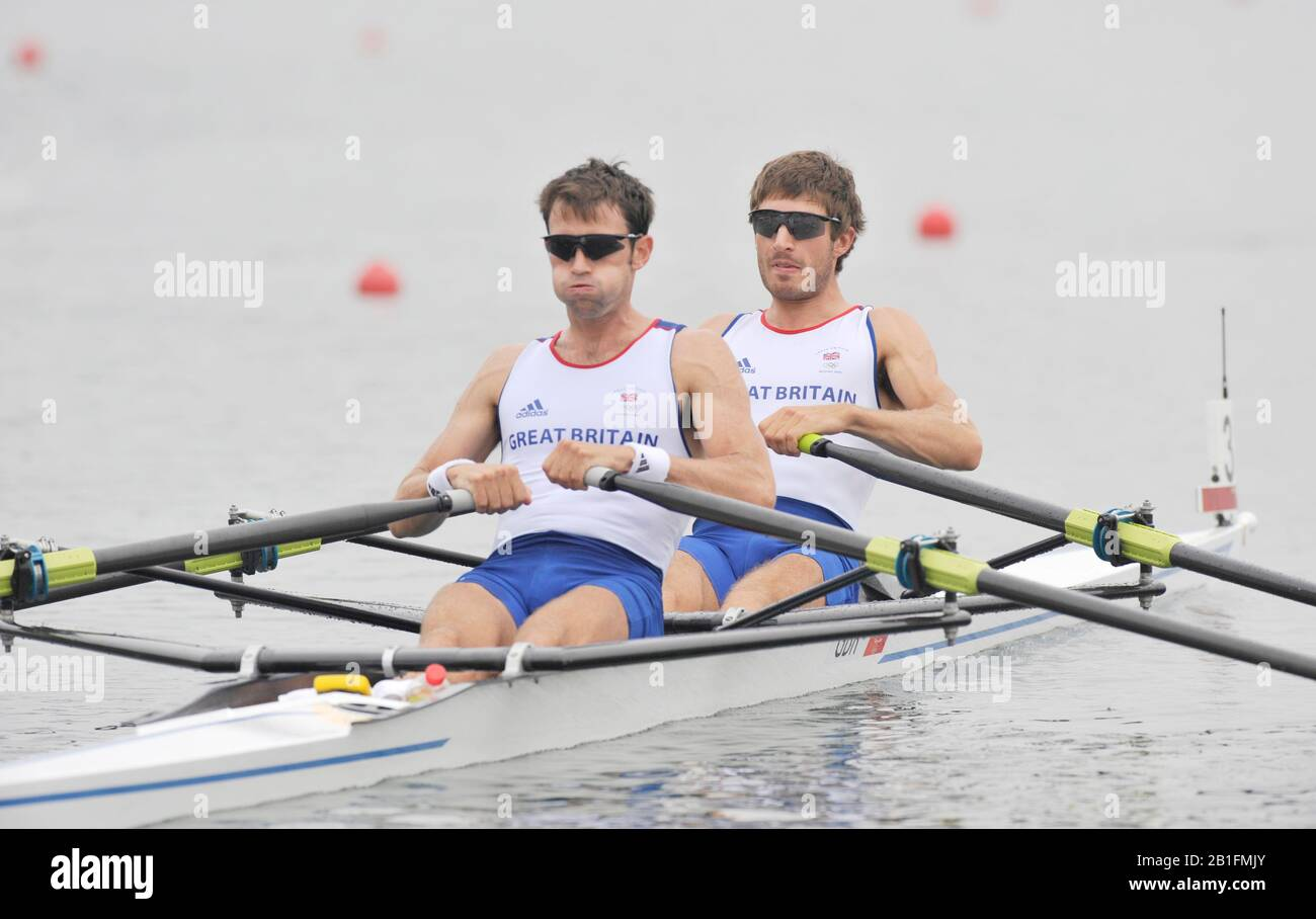 Shunyi, CHINA.  Heat of the Lightweight men's double sculls, GBR LM2X, Bow, Zac PURCHASE and Mark HUNTER, move away from the start, at the 2008 Olympic Regatta, Shunyi Rowing Course. Sunday 10.08.2008  [Mandatory Credit: Peter SPURRIER, Intersport Images] Stock Photo