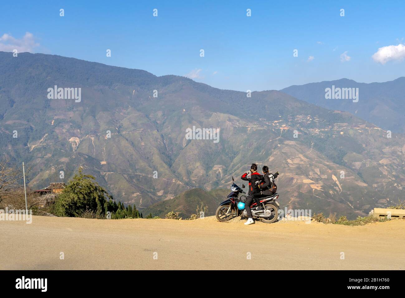 Ta Xua, Son La province, Vietnam - January 21, 2020: tourists admire the majestic scenery of Ta Xua in Son La province, Vietnam Stock Photo