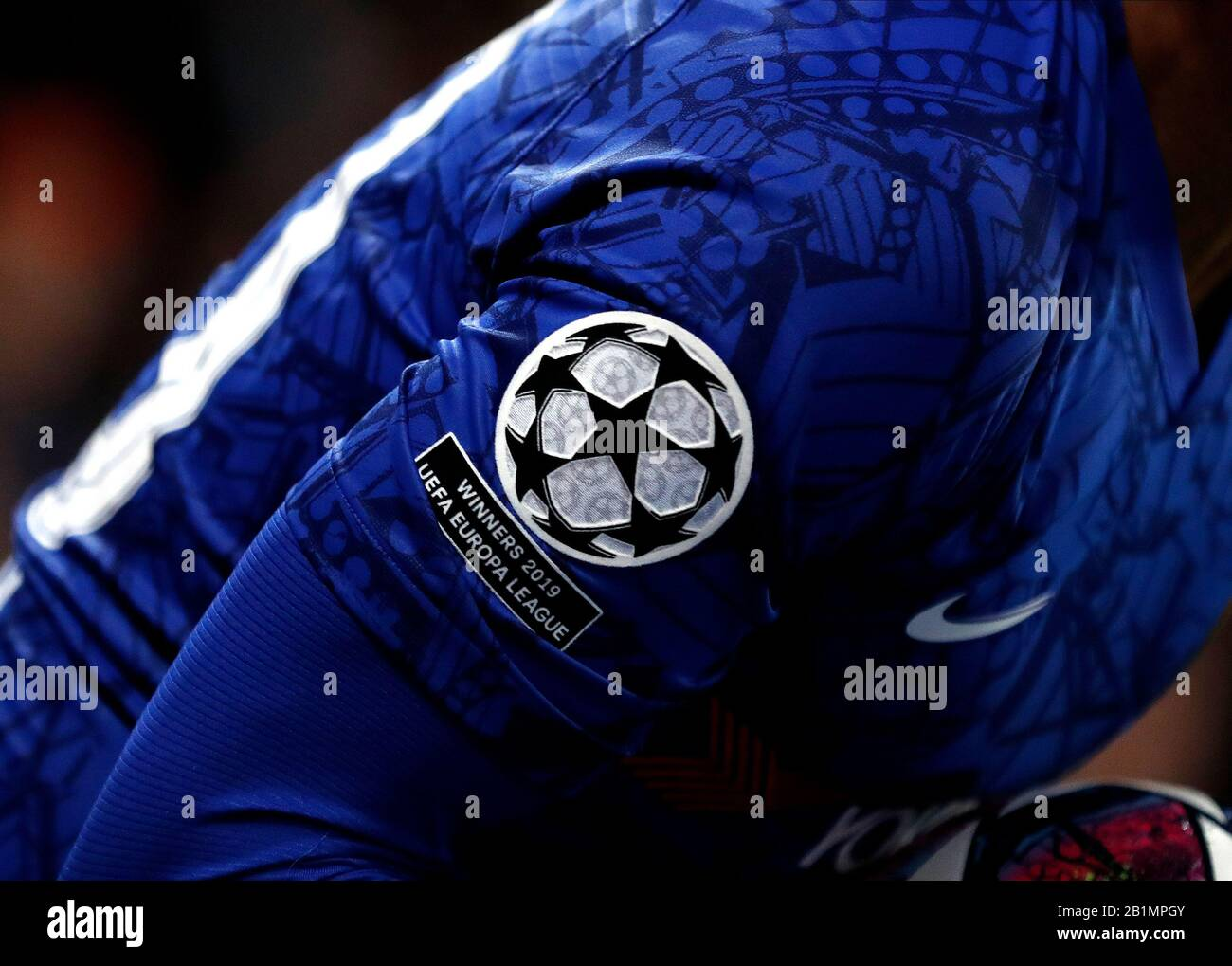Stamford Bridge London Uk 25th Feb 2020 Uefa Champions League Football Chelsea Versus Bayern Munich Arm Patch With Winners 2019 Uefa Europa League Worn By Willian Of Chelsea Credit Action Plus Sports Alamy