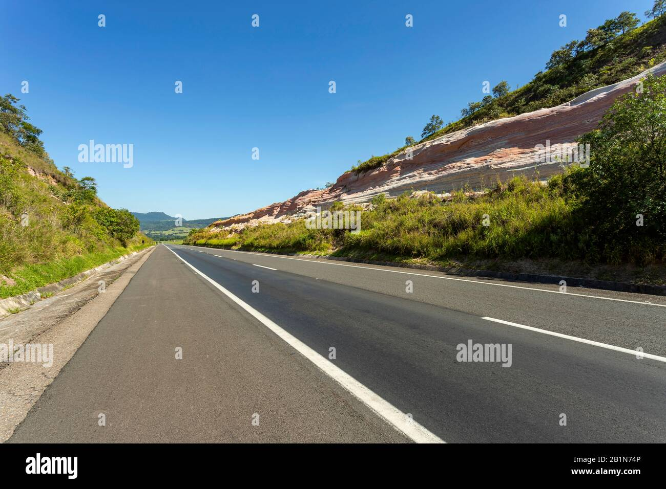 Beautiful Roads Beautiful Road In A Beautiful Sunny Day Stock Photo Alamy