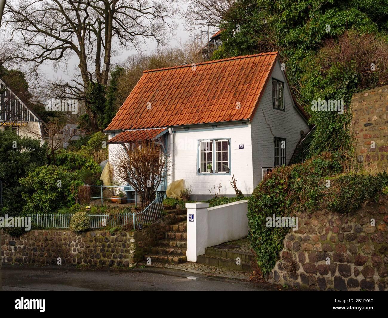 small house Blankeneser Hauptstr.. 58 Hamburg, Germany, Europe Stock Photo