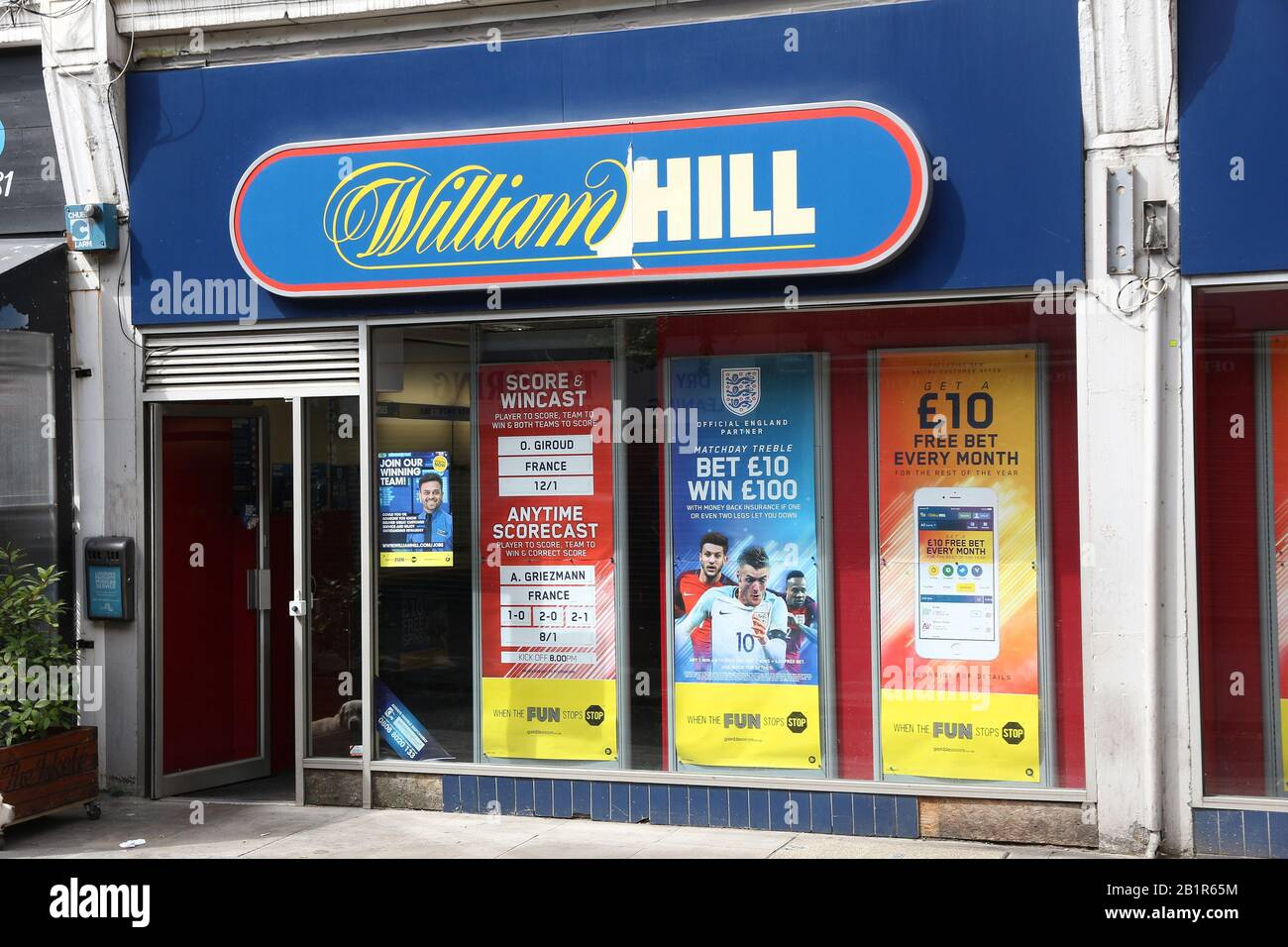 Betting shop jobs in east london the game on bet