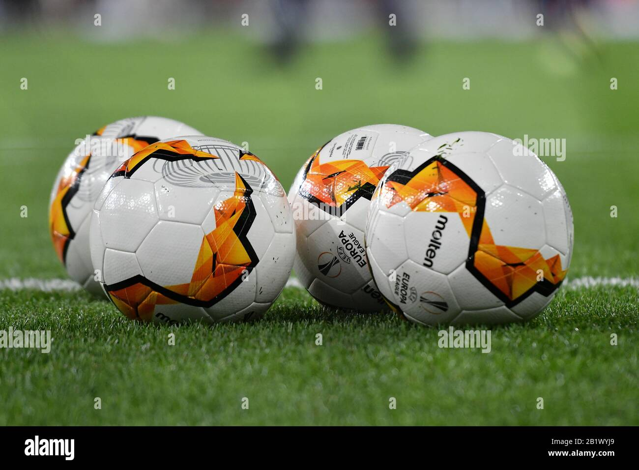 london england february 27th the official match ball during the uefa europa league match between arsenal https www alamy com london england february 27th the official match ball during the uefa europa league match between arsenal and olympiacos fc at the emirates stadium london on thursday 27th february 2020 credit ivan yordanov mi newseditorial use only credit mi news sport alamy live news image345392497 html