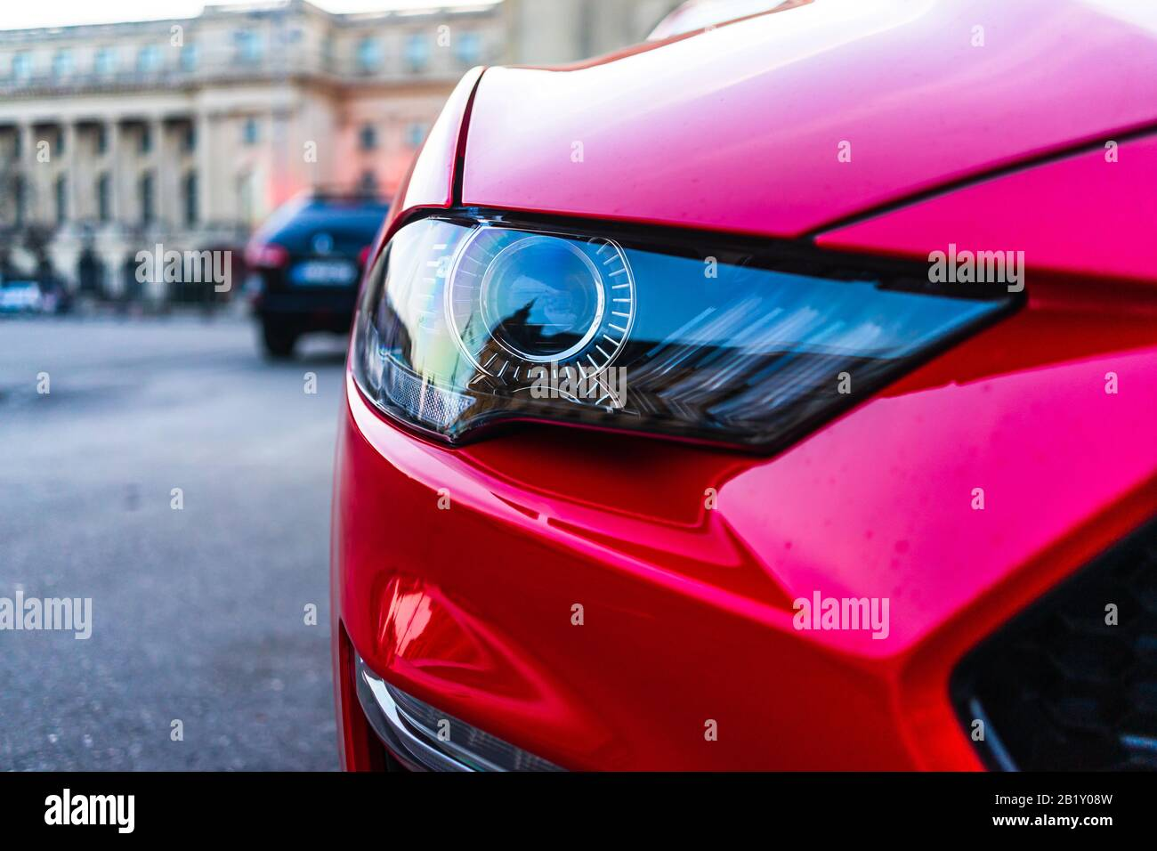 Close Up Photo Of Modern Car Detail Of Headlight Headlight Car Projector Led Of A Modern Luxury Technology And Auto Detail Stock Photo Alamy
