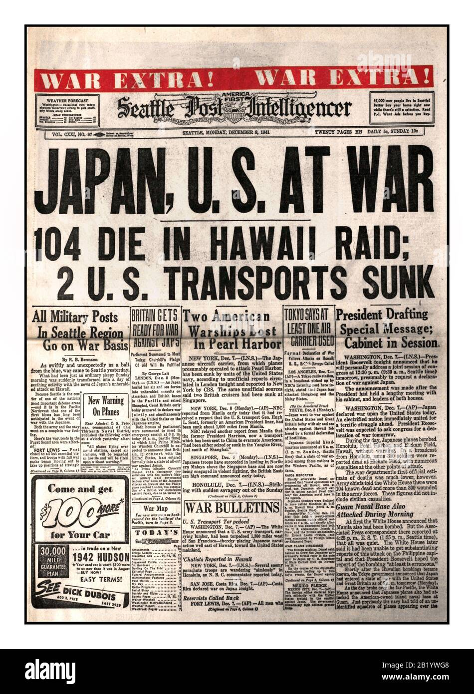 Archive Pearl Harbor attack Newspaper Headlines December 8th 1941 'JAPAN US AT WAR' 104 die in Hawaii raid 2 US transports sunk Seattle Post Intelligencer 'War Extra War Extra' The start of World War II for the USA and protagonist Japan Stock Photo