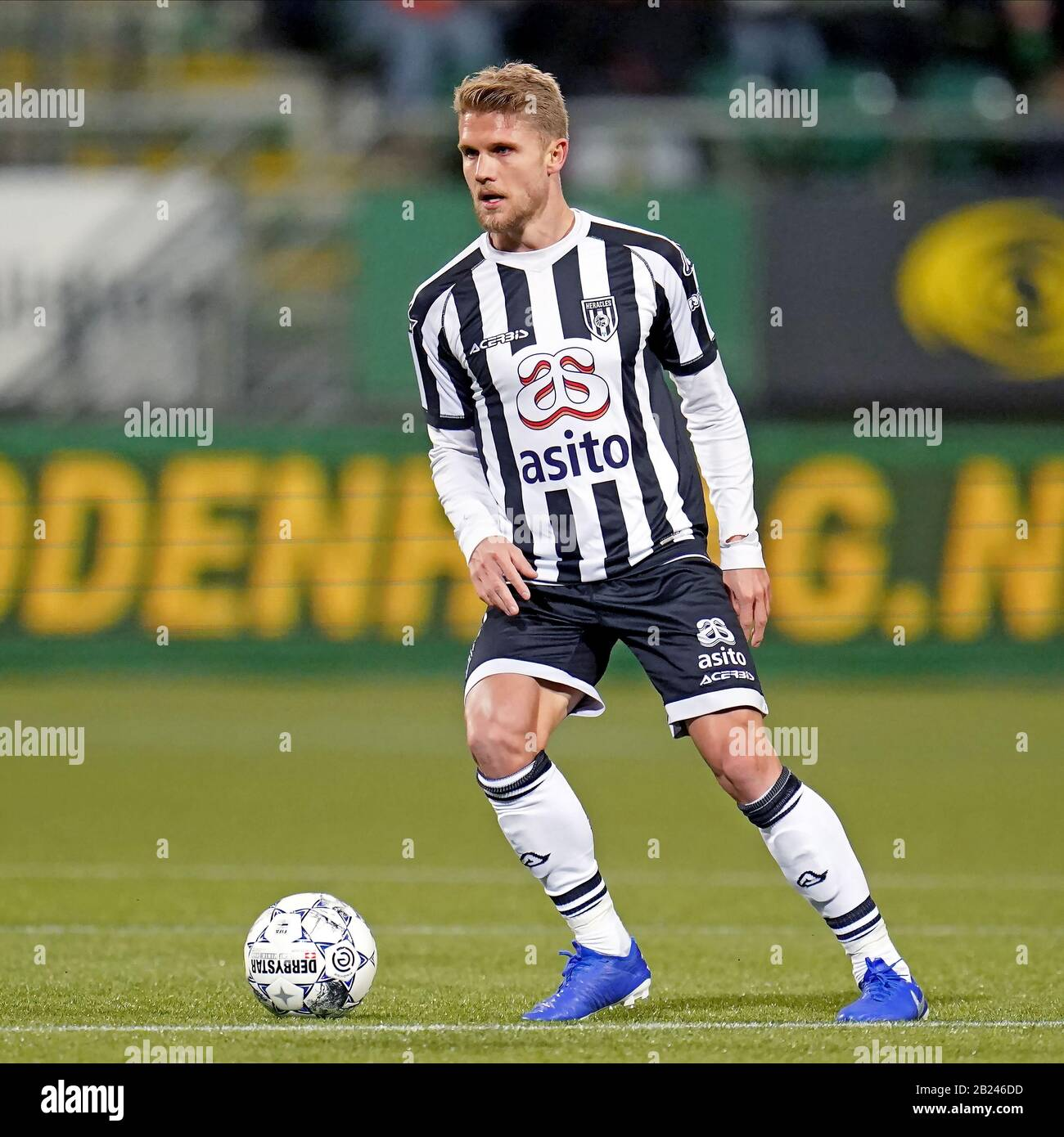 The Hague Netherlands 29th Feb 2020 The Hague 29 02 2020 Cars Jeans Stadion Ado Den Haag Dutch Eredivisie Football Season 2019 2020 Heracles Player Alexander Merkel On The Ball During The Game Ado