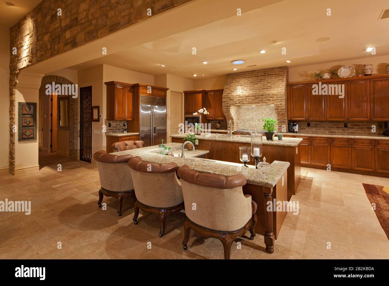 Luxury Open Plan Kitchen With Bar Stock Photo Alamy