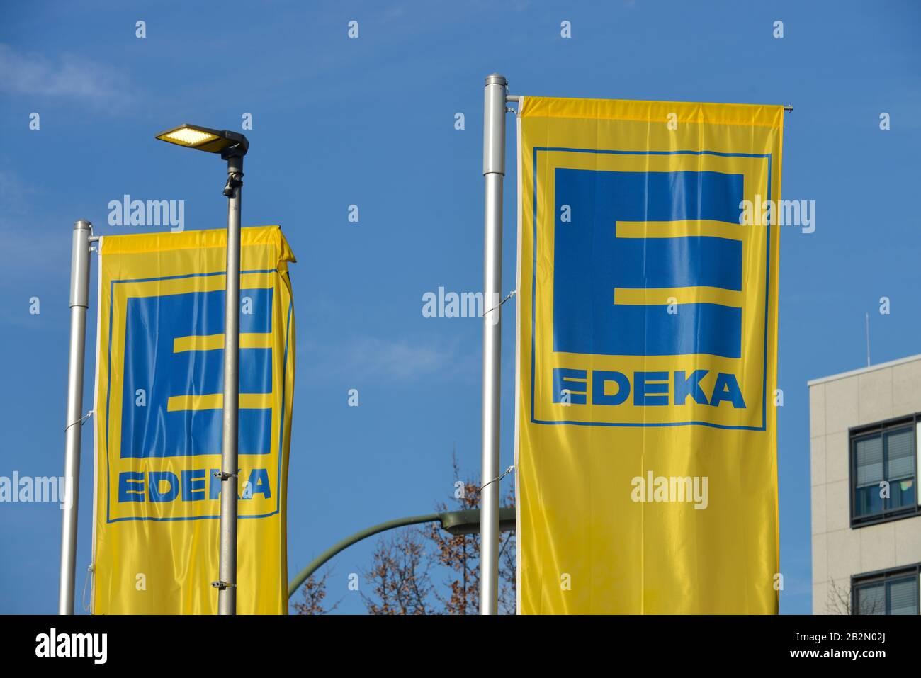 Edeka, Wiesbadener Strasse, Schmargendorf, Wilmersdorf, Berlin, Deutschland Stock Photo