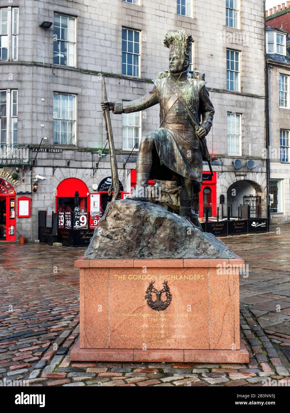 The Gordon Highlanders Statue by sculptor Mark Richards on Castle Street in Aberdeen Scotland Stock Photo