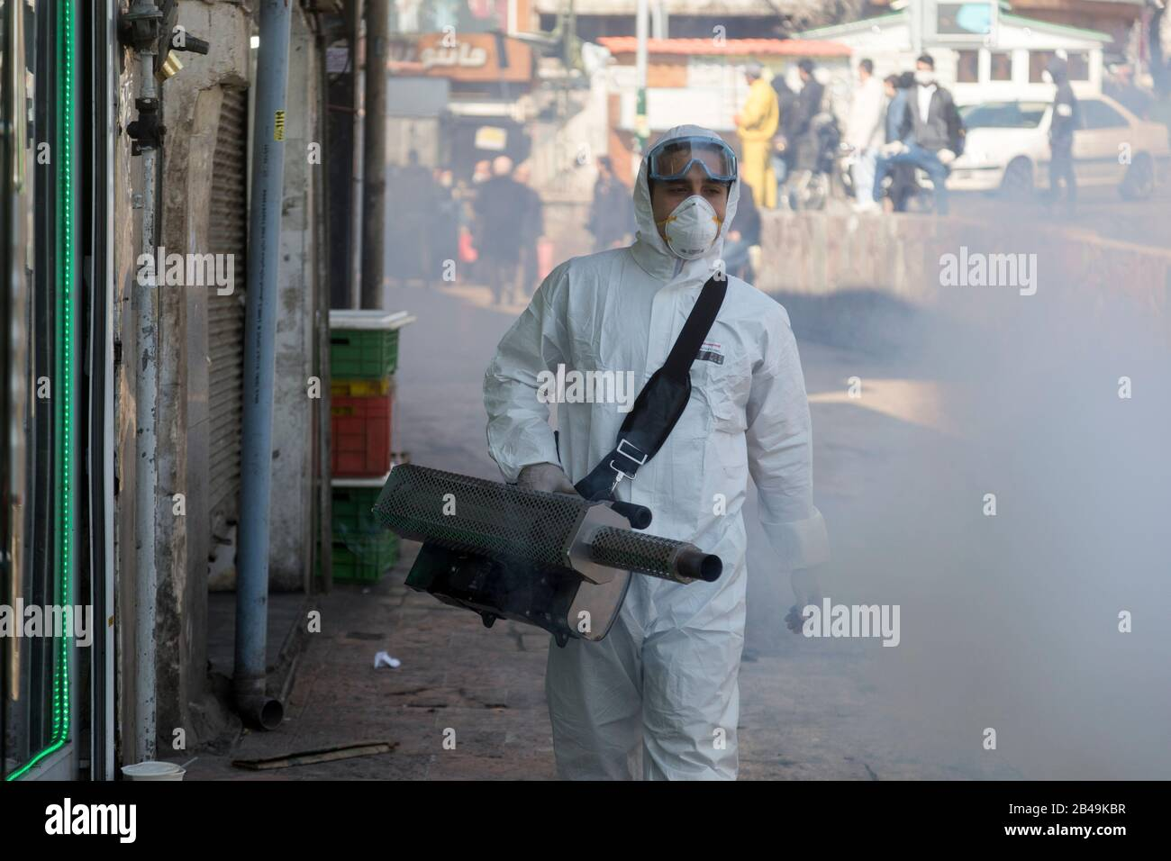 Tehran, Iran. 6th Mar, 2020. Firefighter teams with protective suits disinfect the Tajrish Bazaar as a precaution to the coronavirus (Covid-19) in Tehran, Iran. Iranian officials canceled Friday prayer for the second week due to concerns over the spread of coronavirus and COVID-19. According to the last report by the Ministry of Health, there are 4,747 COVID-19 cases in Iran. 147 people have died so far. A Health Ministry spokesman warned authorities could use unspecified 'force' to halt travel between major cities. Credit: Rouzbeh Fouladi/ZUMA Wire/Alamy Live News Stock Photo