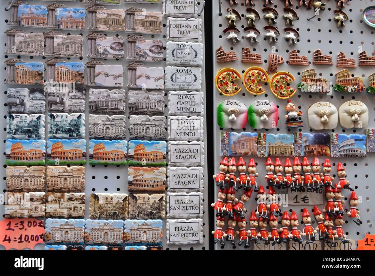 Kuehlschrankmagneten, Via del Lavatore, Rom, Italien Stock Photo