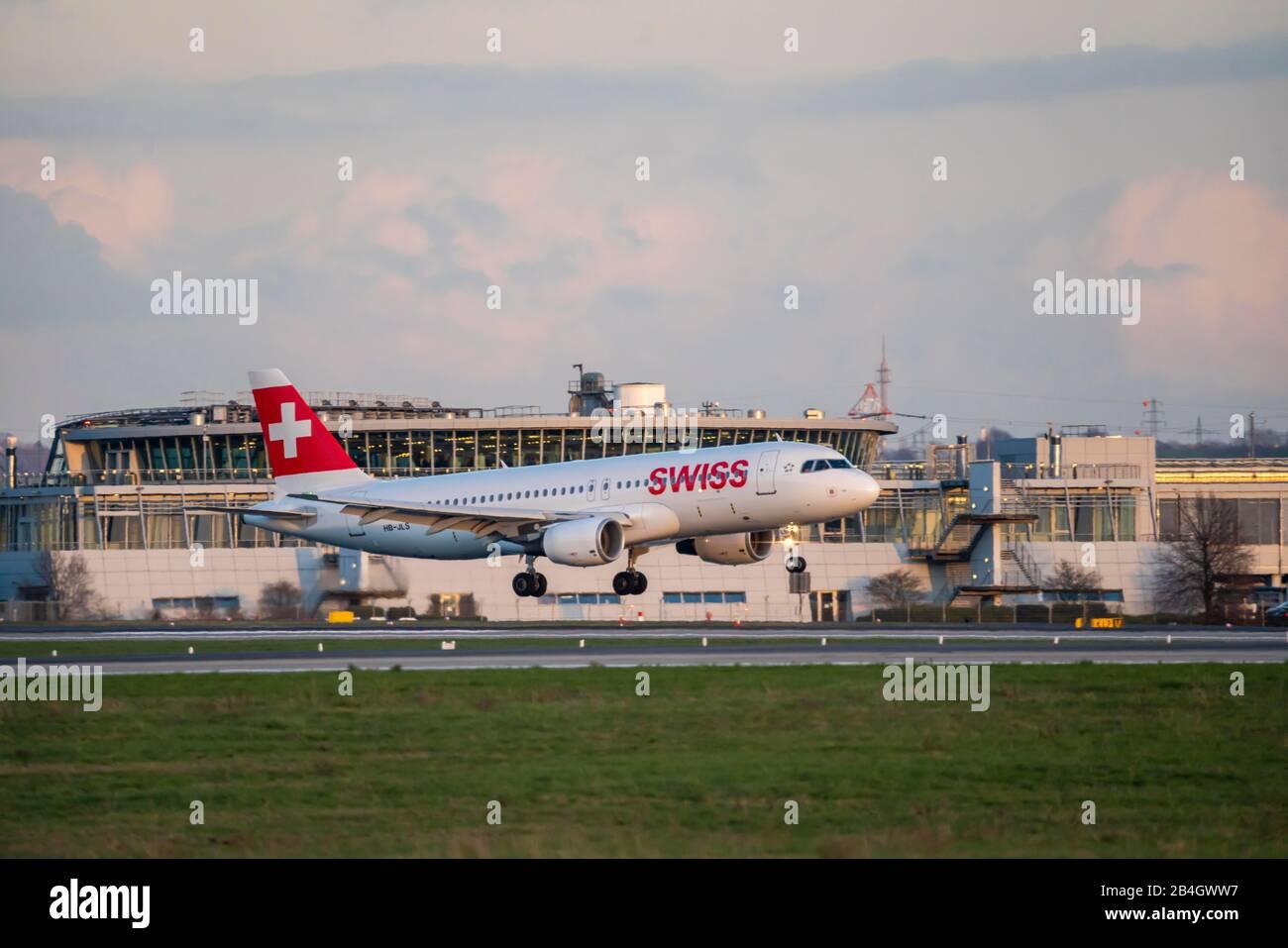 DŸsseldorf International Airport, DUS, aircraft on landing, SWISS, Airbus, Stock Photo