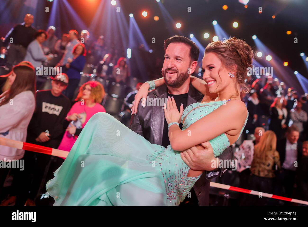 Cologne Germany 06th Mar 2020 Michael Wendler Singer Takes His Girlfriend Laura Muller Tv Personality Into