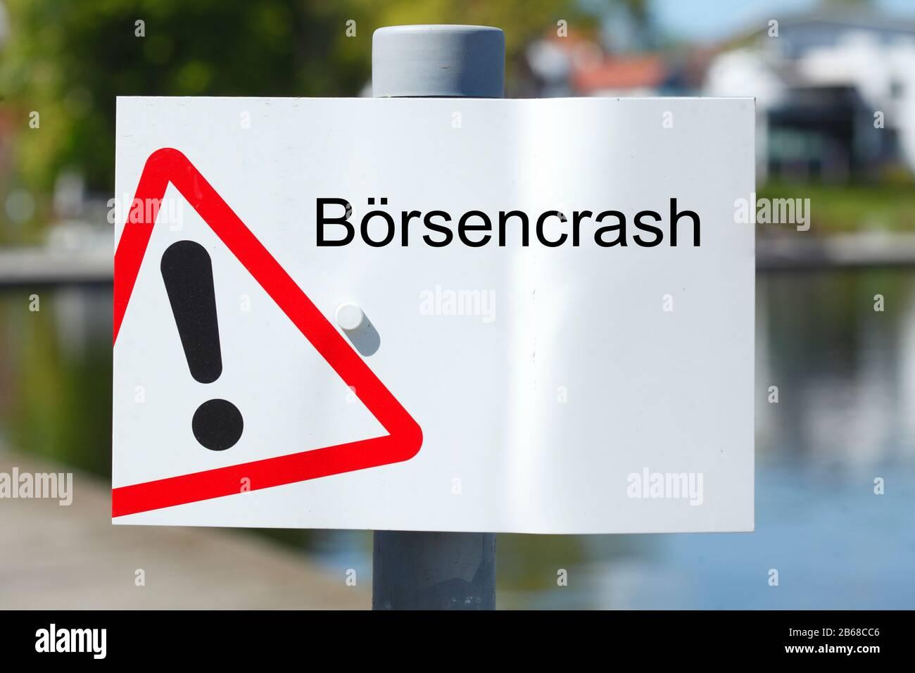 Schild  Börsencrash, Gefahrstelle, Warndreieck Stock Photo