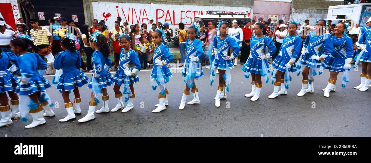 Teen girls Carupano