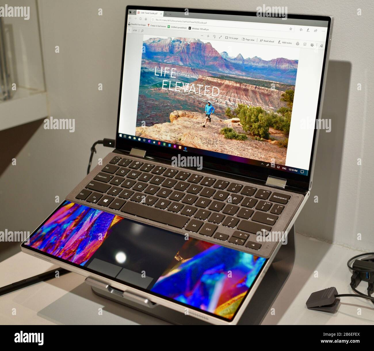 Dell Laptop High Resolution Stock Photography And Images Alamy
