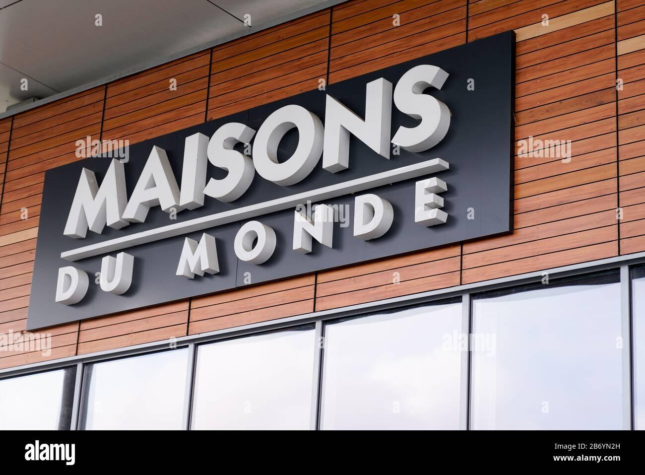 Bordeaux , Aquitaine / France - 10 10 1000 : maisons du monde logo