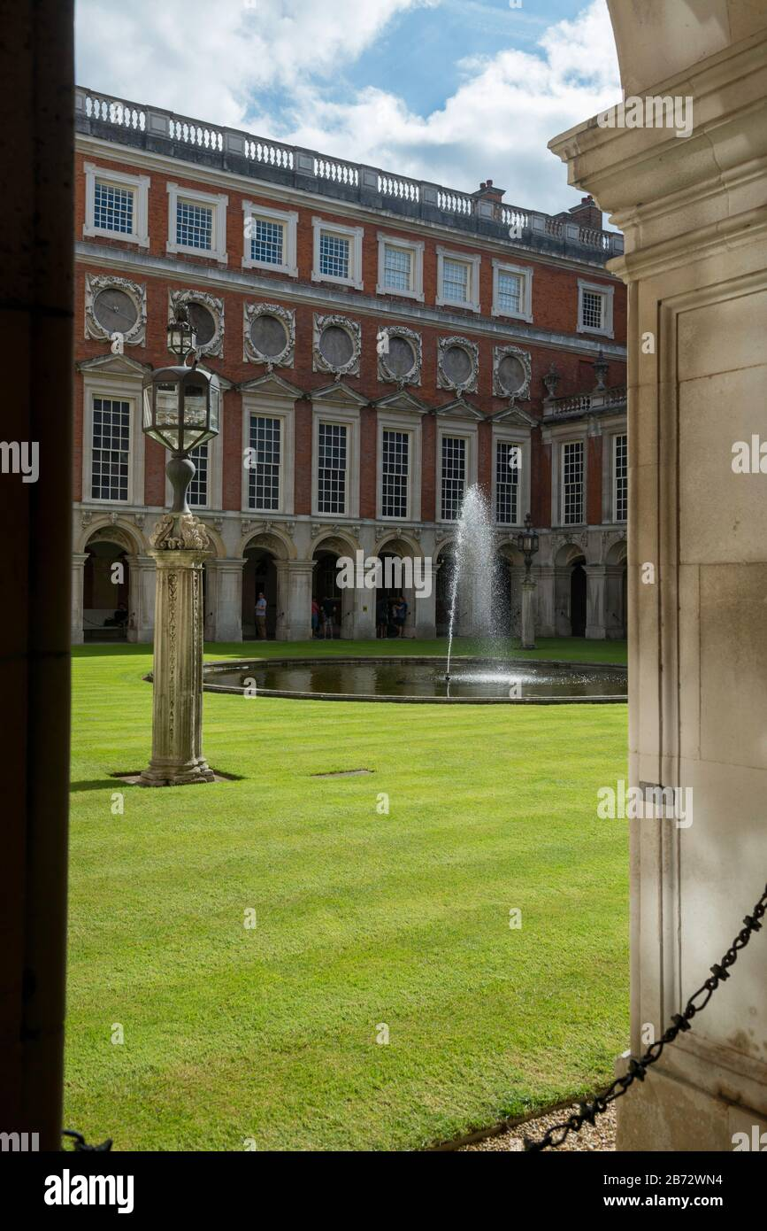 The Fountain Court at Hampton Court Palace - designed by Sir Christopher Wren in the Baroque style Stock Photo