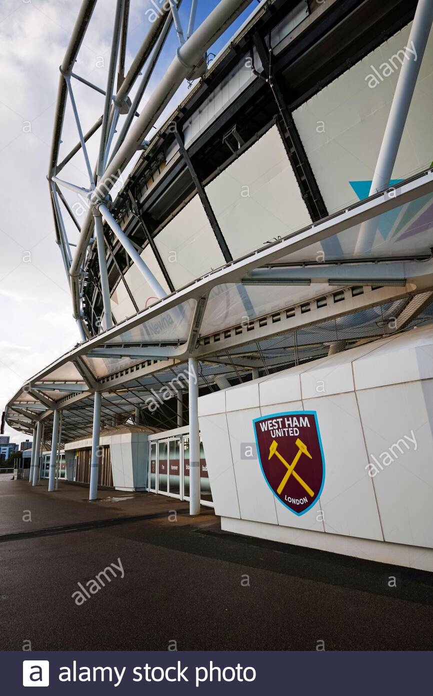 WEST HAM St GEORGES HAMMERS 4 Aged Metal Wall Sign
