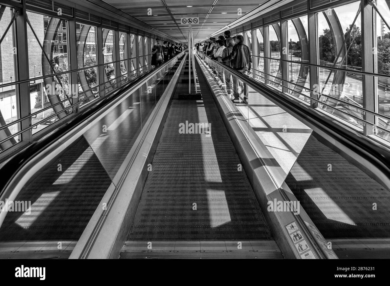 Germany Hannover 18 06 2016 Lumix Festival For Young Photojournalism In Hannover On 18 06 2016 Exhibition In The Skywalk Of The University Of Applied Sciences And Arts Hannover Automated Translation Stock Photo Alamy