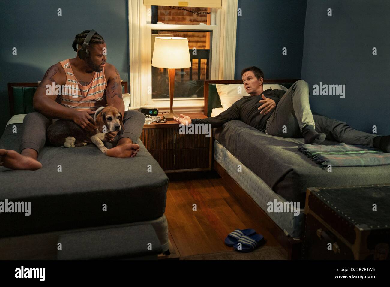 Winston Duke Mark Wahlberg Spenser Confidential 2020 Credit Daniel Mcfadden Netflix The Hollywood Archive Stock Photo Alamy