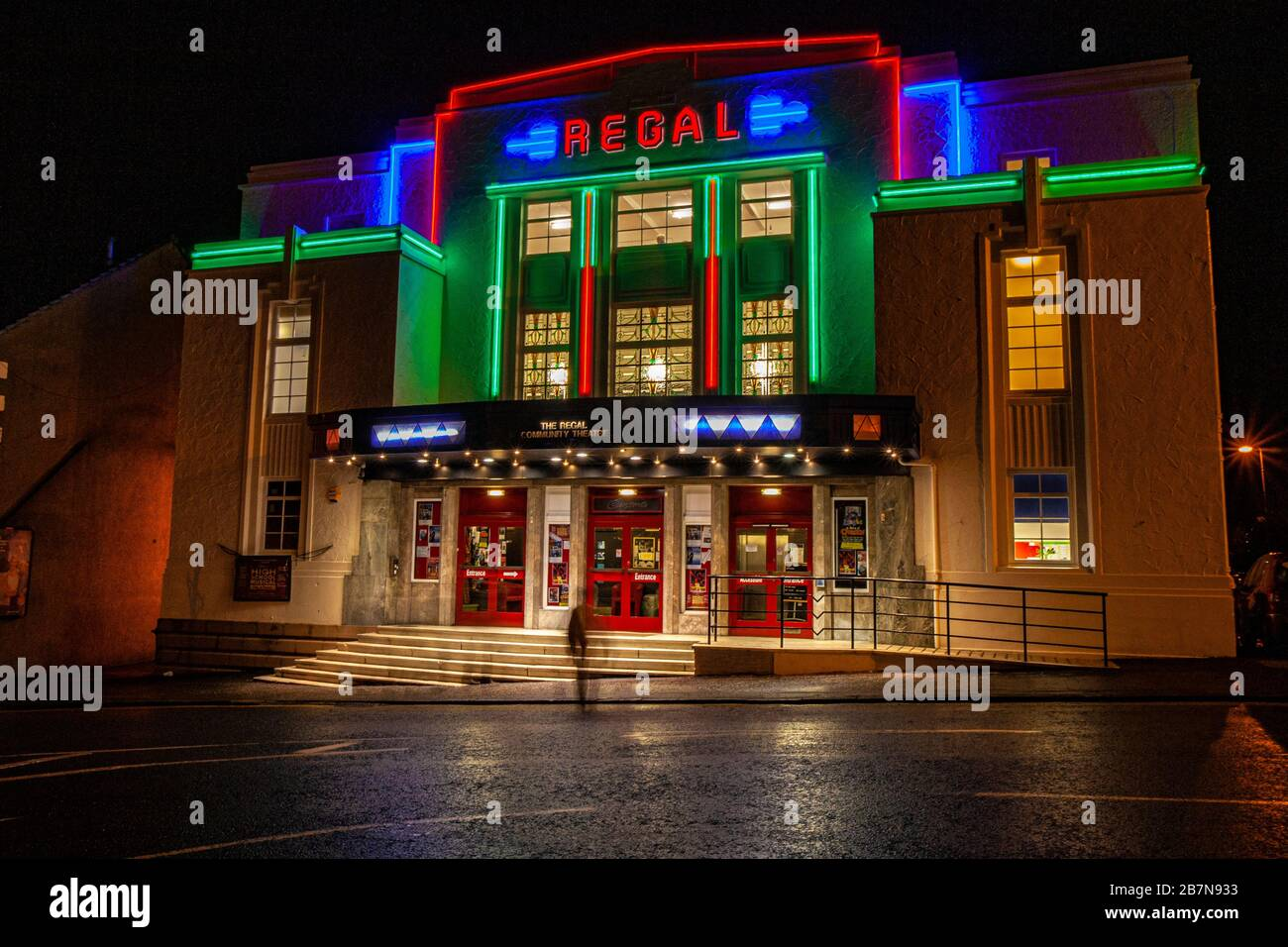 regal cinema high resolution stock photography and images alamy https www alamy com old cinemas never die they simply fade away the regal cinema bathgate west lothian scotland image348978087 html