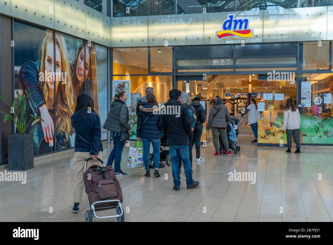 Dm Dm Market High Resolution Stock Photography And Images Alamy